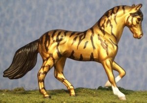 Gold Standard - Custom Breyer Stablemate G2 Paso Fino - Right