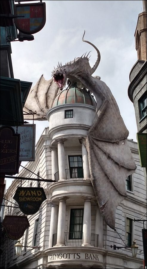 Dragon on Gingotts Bank