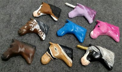 Simple Horse Heads