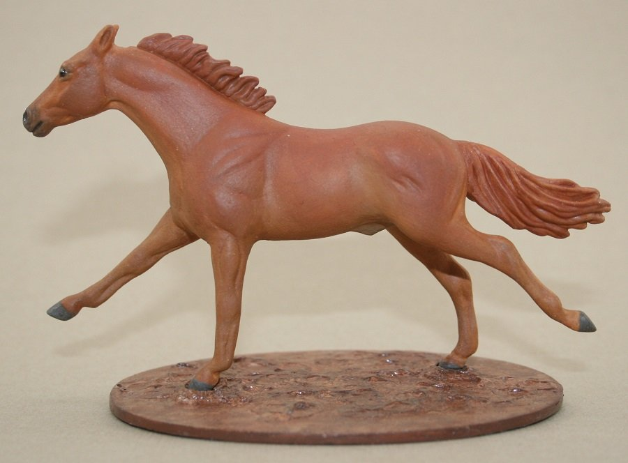 Body Box Trade - Resculpted Chestnut TB Breyer Stablemate Model Horse