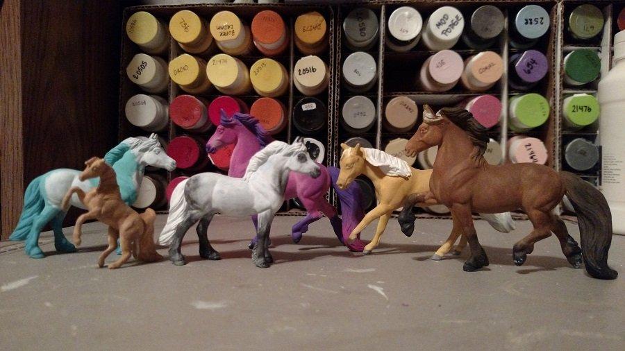 Custom Breyer Stablemate Model Horses in progress 05-16-2018