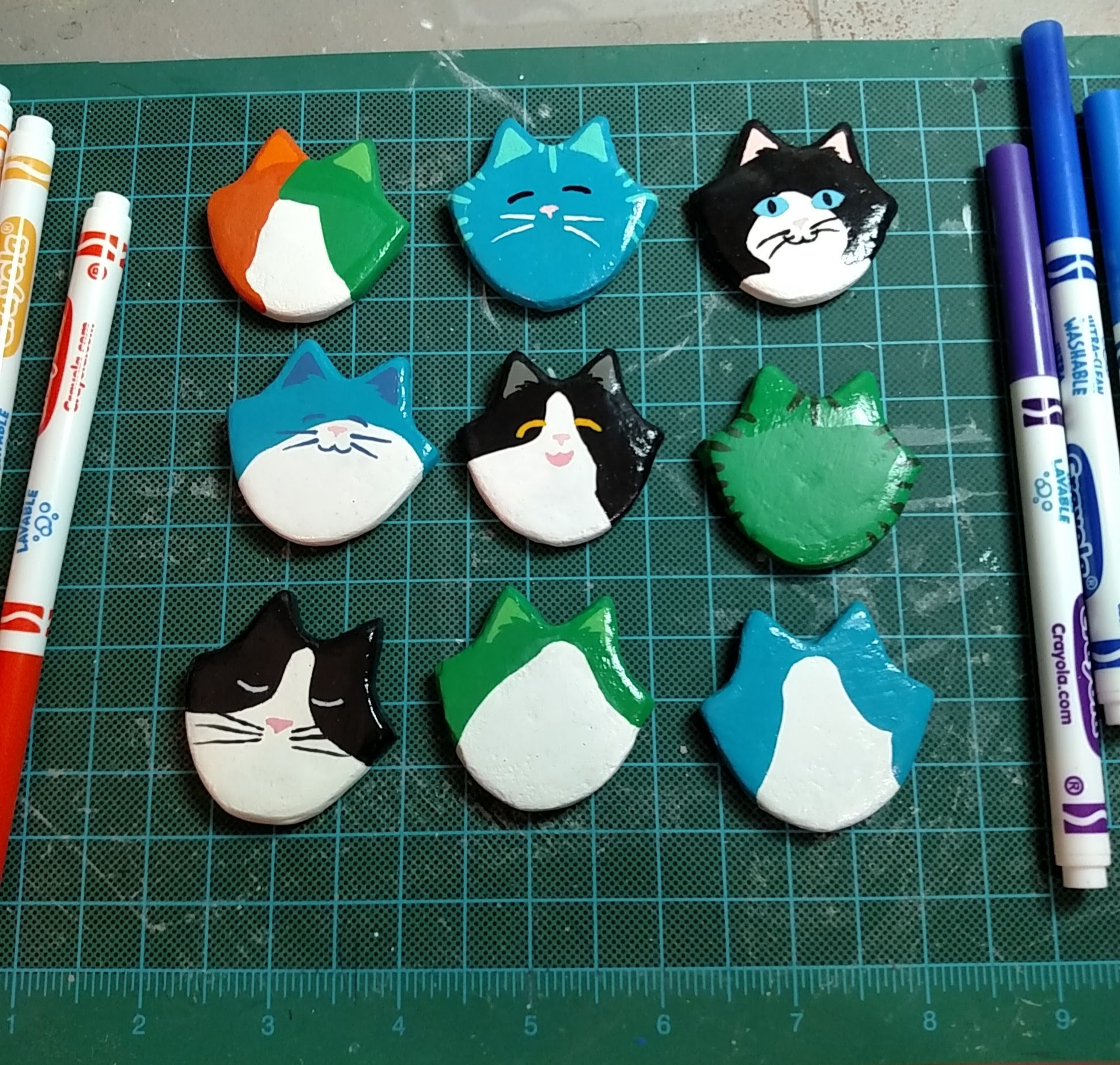 Flat Cat Head Magnets finished and in progress