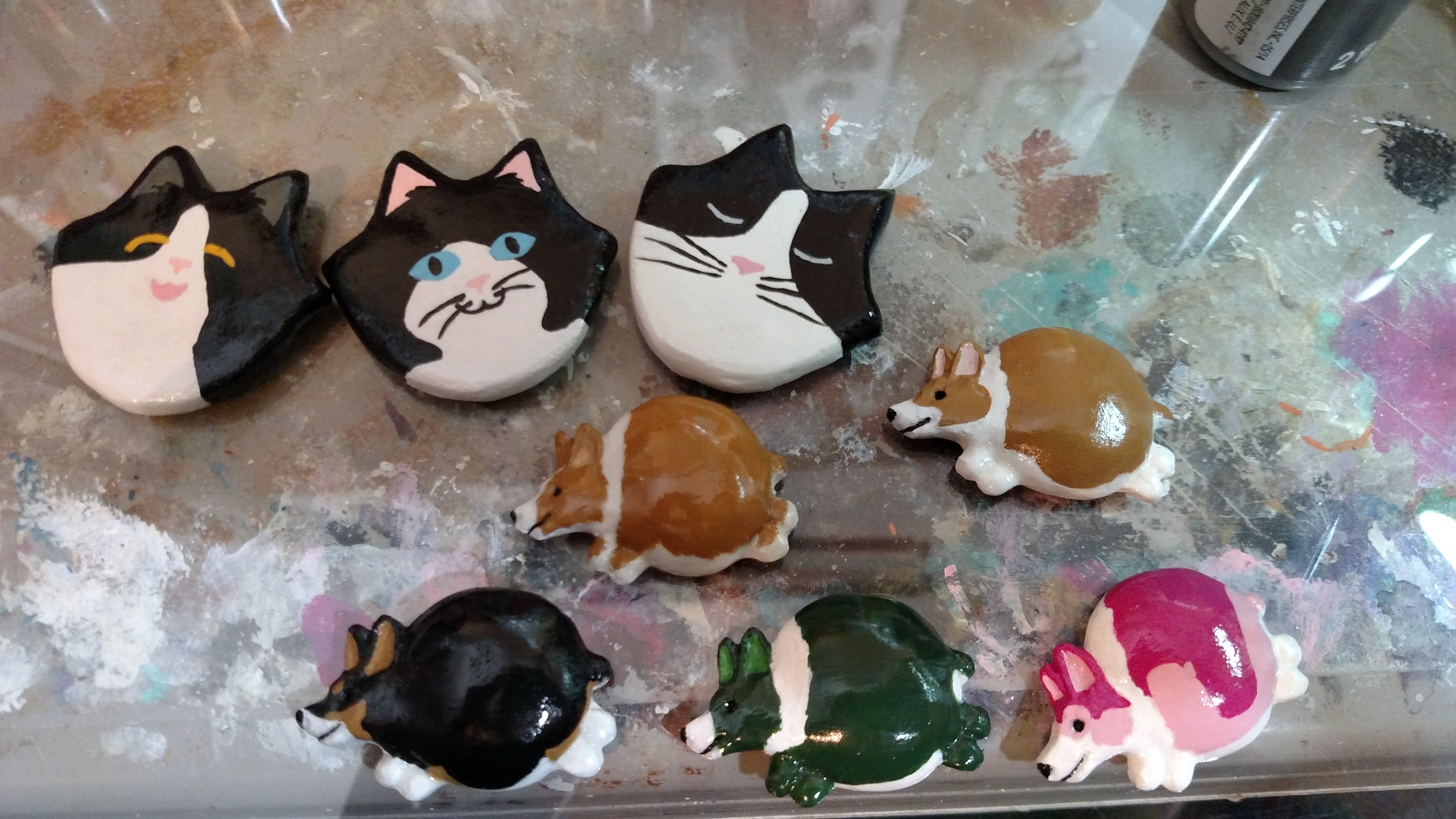 Tuxedo Flat Cat Head Magnets and resin Fat Corgi Magnets