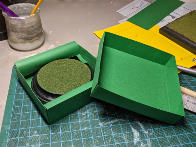 5 inch Round Grass Base - Storage box