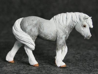 Rumtumtugger - Custom Safari Ltd Walking Pony - Martha Bechtel - Gallery