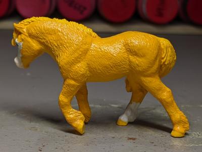 Buttercup - Custom Safari Ltd TOOB Walking Pony - Martha Bechtel - Left
