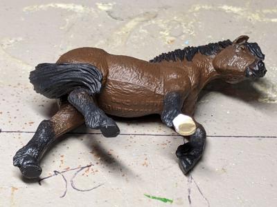 Maddy - Custom Safari Ltd TOOB Walking Pony - Martha Bechtel - Tummy