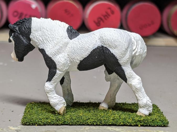 Magpie - Custom Safari Ltd TOOB Walking Pony - Martha Bechtel - Left
