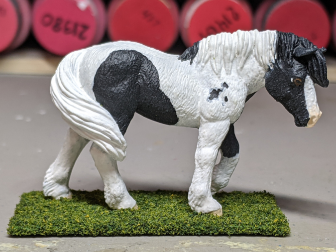 Magpie - Custom Safari Ltd TOOB Walking Pony - Martha Bechtel - Right